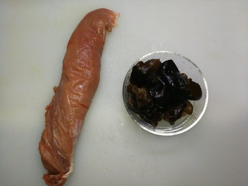 豚ヒレとキクラゲの一覧