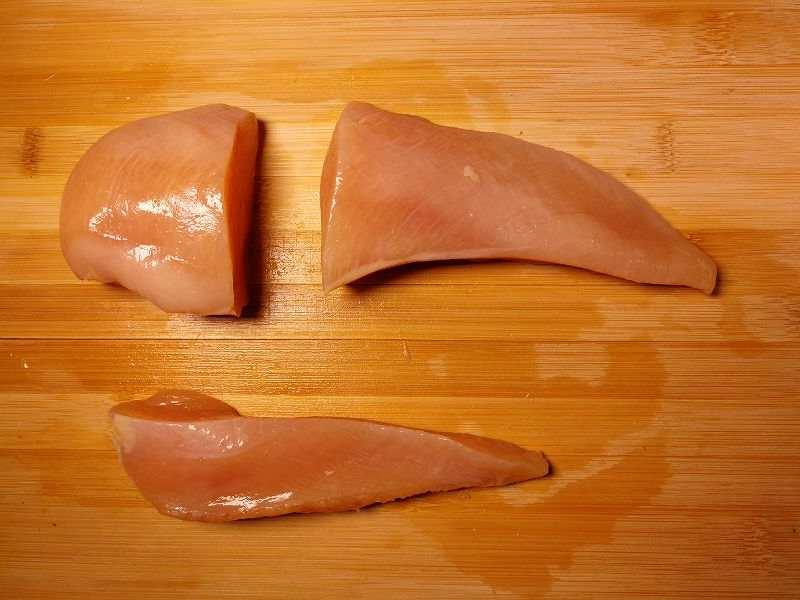 鶏むね肉を3分割する