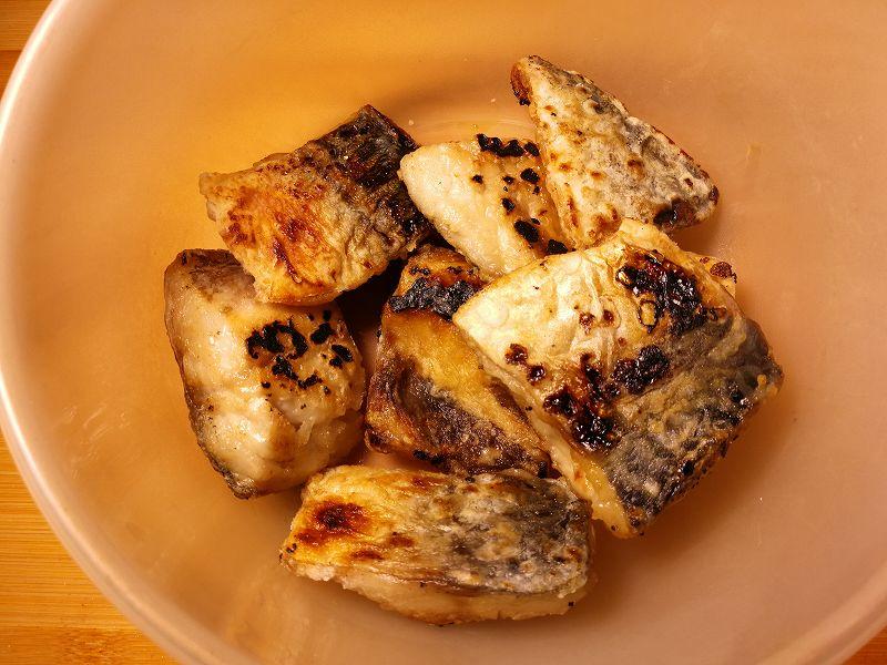 プライパンで焼き上げた鯖